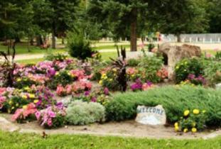 Gilbert_Plains_Centennial_Park.jpg