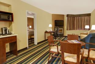 Honeymoon Suite 1