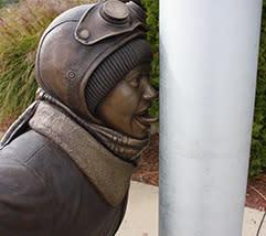 Flick-Statue