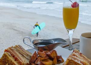 Brunch at The Oceanic