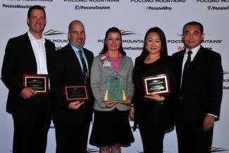 2015 Annual Report Winners