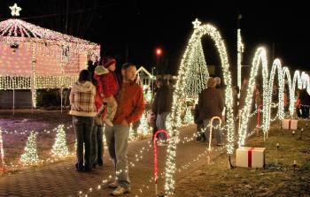Charlestown Jennings Plaza Christmas