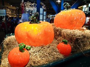 CMOG World's Largest Glass Pumpkin