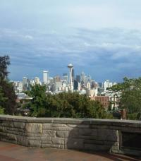 Hop On and Hop Off with an Emerald City Trolley Tour in Seattle Stop at Kerry Park