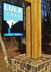 Lula Lake Signage