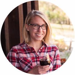 Danielle Lucas Headshot