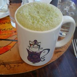 Moon Kats Tea