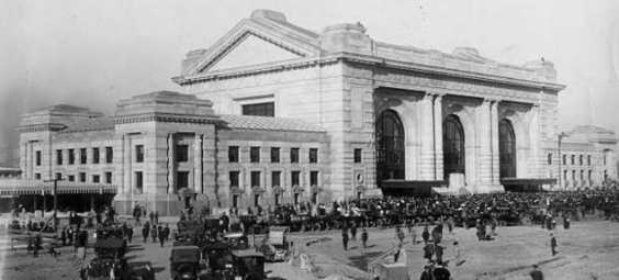 Gangster Union Station