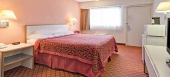 Days Inn Room