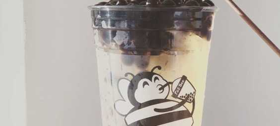 fat bee drinks boba in overland park