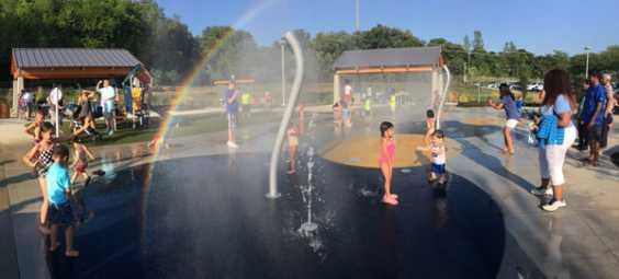 overland-park-roe-park-splash-pad-full