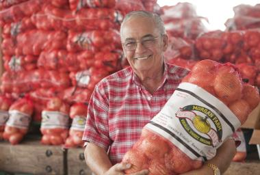 Selling Onions