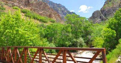 rock canyon trail