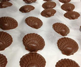 Angell Phelps Chocolate Factory 154 South Beach Street Daytona Fl 32114