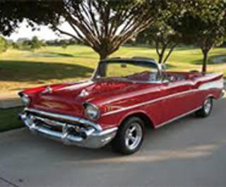 Classic Car CruiseIn Daytona Beach FL - Classic car cruise
