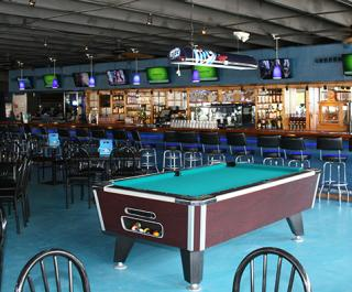 Neptune's Sports Pub & Cafe
