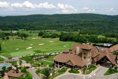 Cascades Golf Course Up High Shot