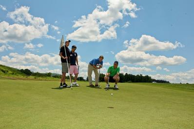 Cascades Golf Course Golfing