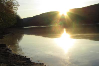 Delaware Water Gap Sun Glare