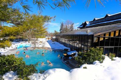 Minerals Hotel Winter Hot Pool