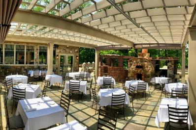 Mohawk House Outdoor Dining
