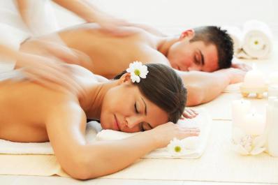 Ultima Salon and Spa-couple massage