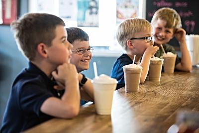 Village Burger Kids