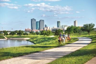 Horseback Rides along Trinity River