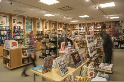 Delaware Art Museum Shop