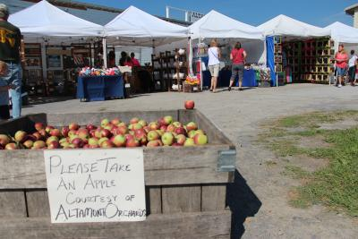 Capital Region Apple & Wine Festival