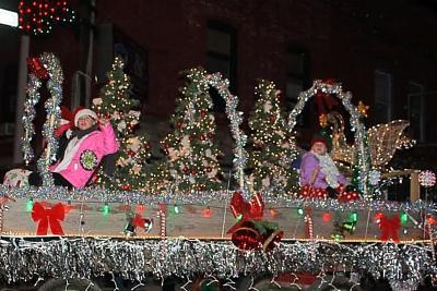 Christmas Under The Stars Parade