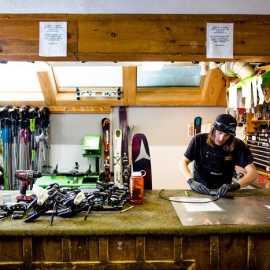 repair shop2