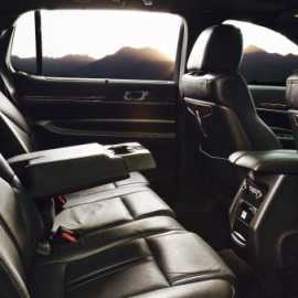 Lincoln Town Car inside
