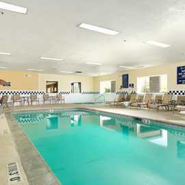 Crystal Inn Hotel & Suites West Valley_1