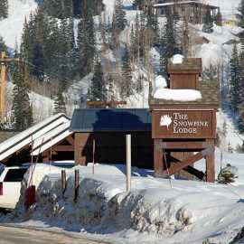 Snowpine Lodge_1
