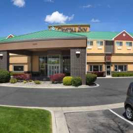 Crystal Inn Hotel & Suites West Valley_0