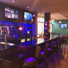 Wingtips Bar & Bistro_1