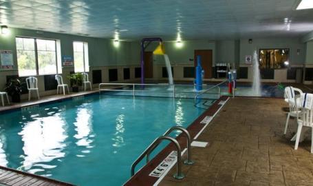 Best Western Portage Hotel Pool