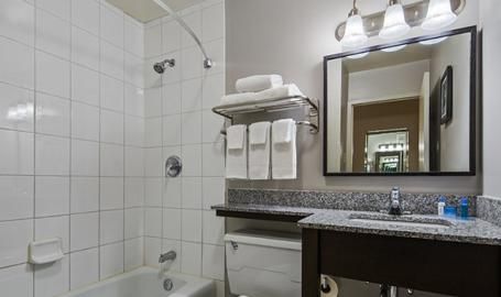 Best Western Northwest Indiana Inn Hammond Guest Room Bath