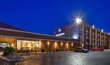 Best Western Northwest Indiana Inn Hammond West Side of the Building