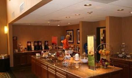 Hampton Inn & Suites Hotel Munster Breakfast