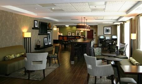 Hampton Inn LaPorte Hotel lobby