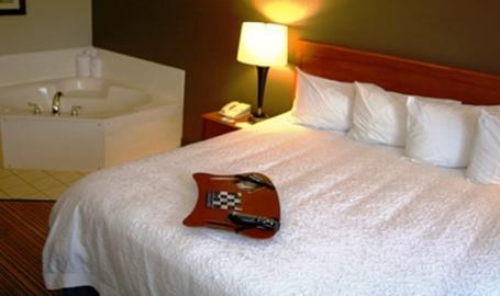 Hampton Inn LaPorte Hotel whirlpool king room
