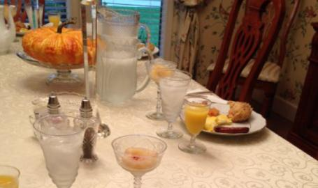Moran Inn DeMotte B&B breakfast