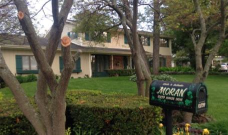 Moran Inn DeMotte B&B exterior