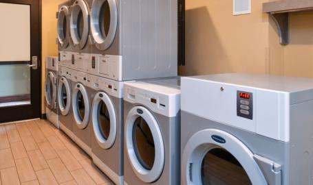 Staybridge Suites Merrillville Hotel laundry