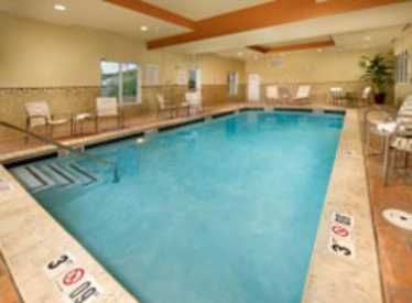 Holiday Inn Express & Suites/Downtown Pool
