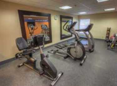 Exercise Room at Clarion Inn/Lookout Mountain