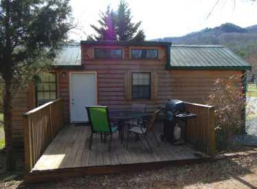 Cabin 7 Back Deck