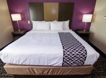LaQuinta Inn & Suites/East Ridge